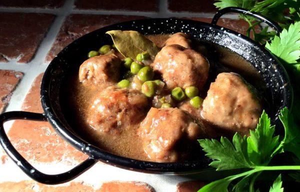 Albóndigas en salsa andaluza – Kjøttboller i andalusisk saus