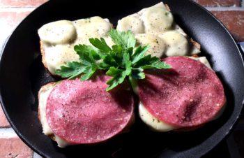 Ostesmørbrød fra Trentino, på crostinivis
