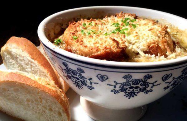 Soupe à l'oignon – Fransk løksuppe