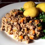 Rask, urnorsk lammekjøttdeiggryte