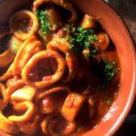 Calamares a La Vera – Blekksprut i tomat- og paprikasaus