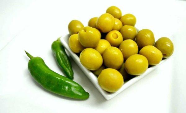 Spanske oliven fylt med jalapeños (chili): Serveringsforslag