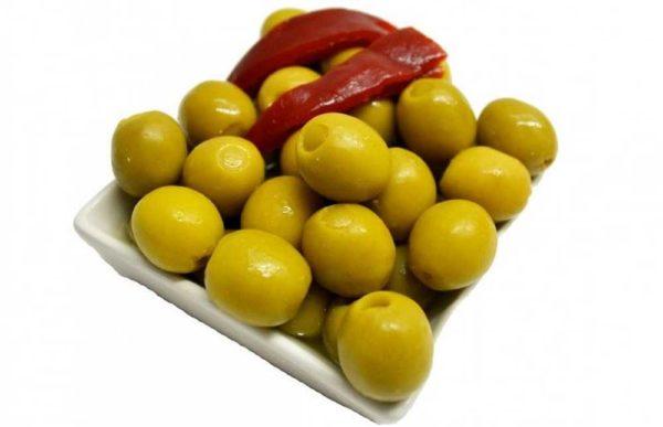 Fylte, spanske oliven og nygrillet paprika: Serveringsforslag