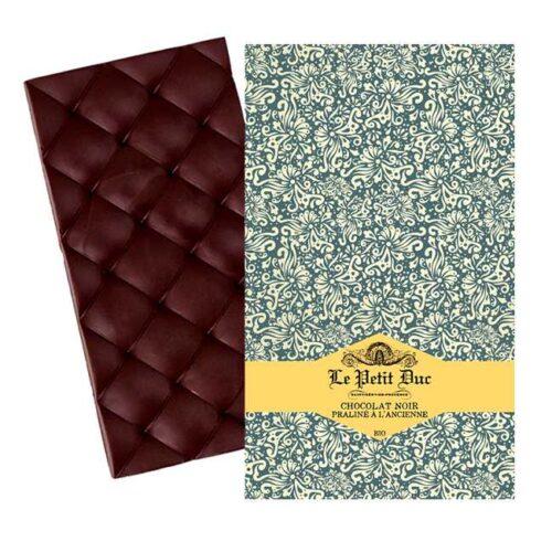 Økologisk, mørk sjokolade med praliner av hasselnøtter fra provensalske Le Petit Duc