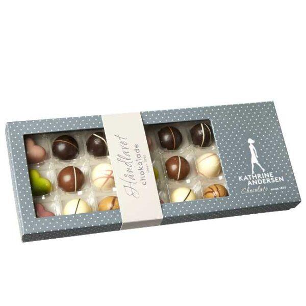 180 g håndlagd, fylt sjokoladekonfekt fra danske Kathrine Andersen