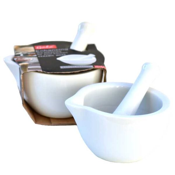 Medium/liten porselensmorter : Den kommer innpakket